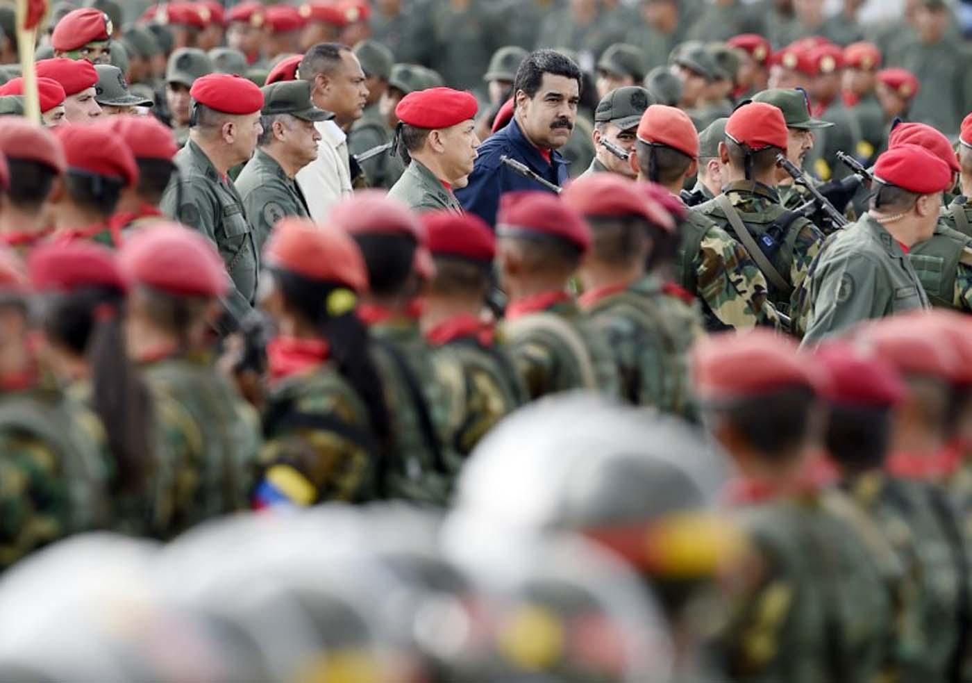 Quiero a Maduro fuera de Miraflores y vivo para que pague — Machado