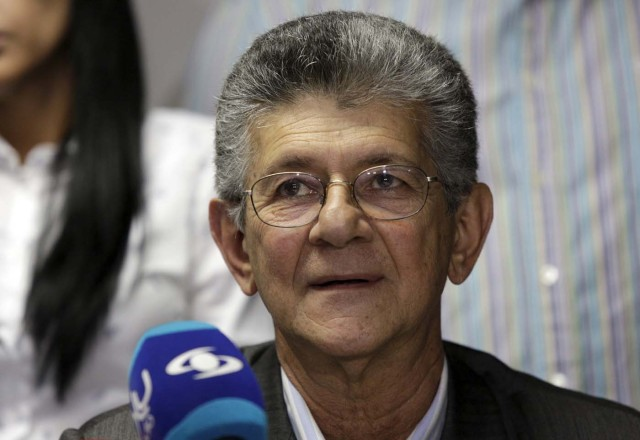 Henry Ramos Allup, deputy of Venezuela's coalition of opposition parties (MUD), attends a news conference in Caracas December 29, 2015. REUTERS/Marco Bello