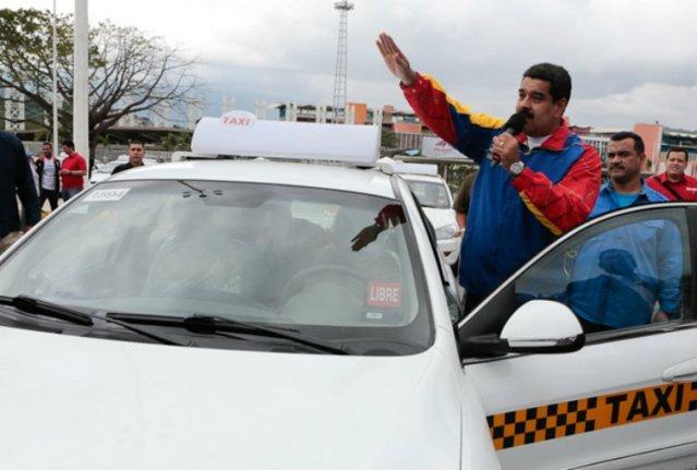 Maduro-entrega-Taxis