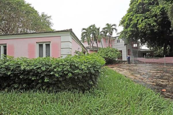 Foto: Demuelen mansión de Pablo Escobar en Miami Beach /  elnuevoherald.com