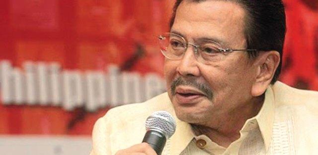 Joseph Estrada. Entre 1998 y 2001 fue presidente de Filipinas. Calculan que se habría hecho durante ese tiempo de unos 80 millones de dólares. Foto: Cortesía de Nalgas y Libros
