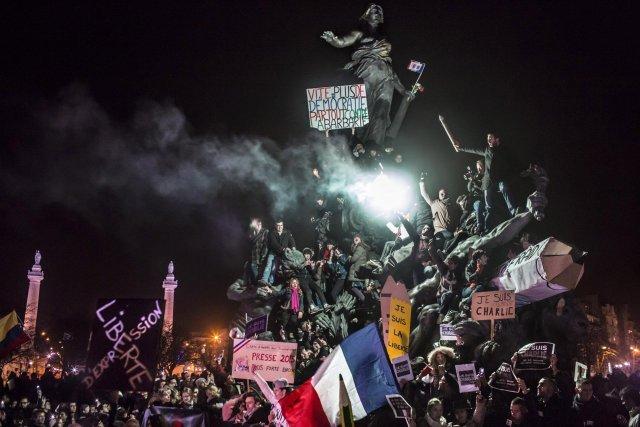 """Segundo premio de la categoría """"Actualidad"""", Corentin Fohlen. Marcha contra el terrorismo en París"""