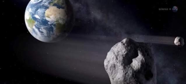 Recreación de la NASA del paso de un asteroide junto a la Tierra. Foto: NASA