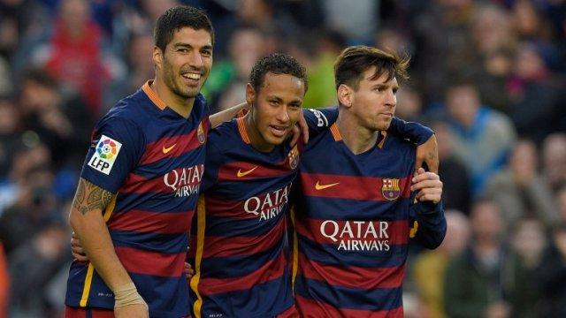 Luis Suárez, Neymar Jr. y Lionel Messi (Archivo)