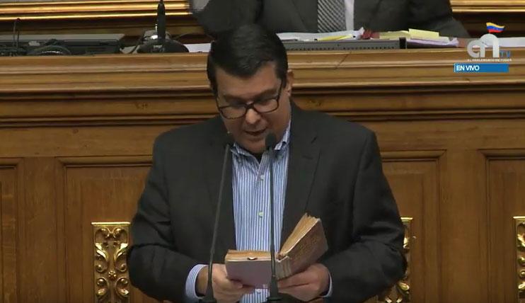 Diputado Berrizbeitia: La AN no tiene por qué acatar la sentencia del TSJ