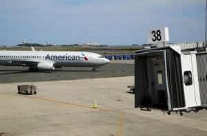 Guerra de tarifas hace caer a firmas aéreas en EEUU