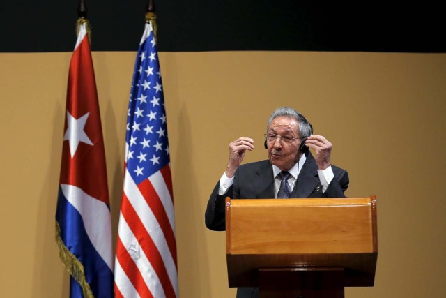 Cuban President Raul Castro gestures during a news conference with U.S. President Barack Obama (not pictured) as part of President Obama's three-day visit to Cuba in Havana, March 21, 2016. REUTERS/Carlos Barria