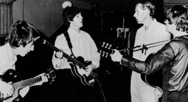 BeatlesandGeorgeMartininstudio1966