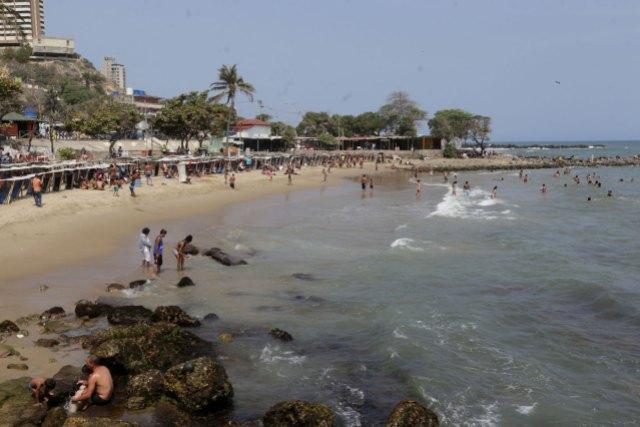 El golpe al bolsillo de un día de playa esta Semana Santa en Venezuela