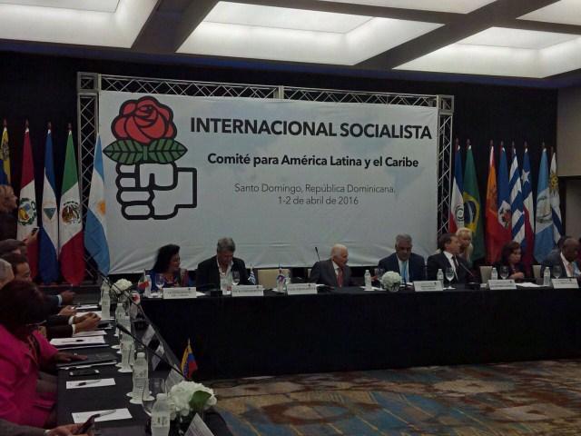 Foto de archivo de una reunión de la Internacional Socialista