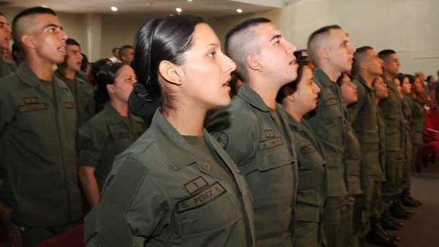 mujer-militat1
