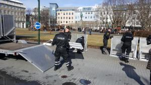 En Video: Los papeles de Pánamá sacude a Islandia así protestan este lunes #4A