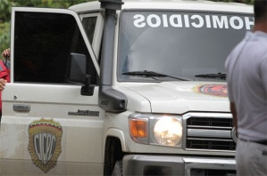 Turba linchó y quemó a dos presuntos hampones en Puerto La Cruz