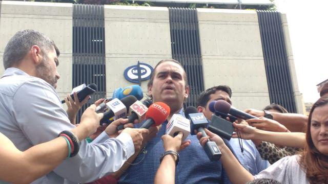 Carlos Correa - Espacio Puublico