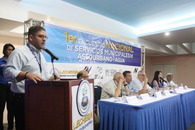 12.06.15 1er Encuentro Nacional de Servicios Municipales de Aseo Urbano y Agua (71)