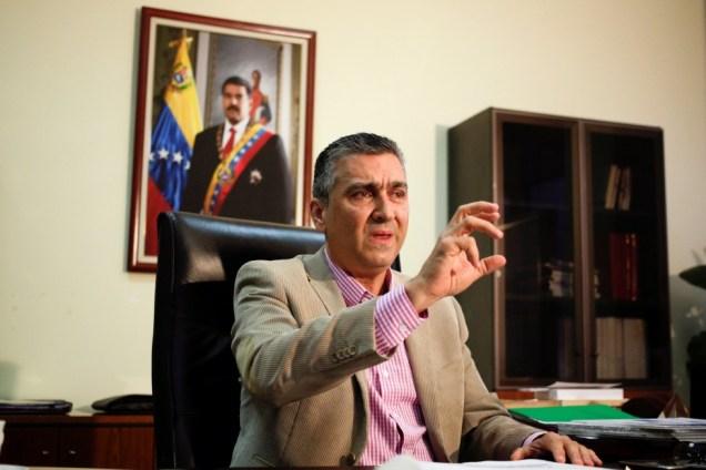 El vicepresidente económico Miguel Pérez Abad, durante una entrevista con Reuters en Caracas,. Foto: Reuters/Marco Bello