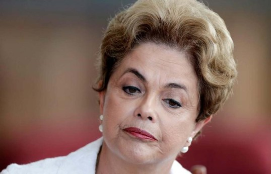 Suspended Brazilian President Dilma Rousseff attends a news conference with foreign media in Brasilia, Brazil, May 13, 2016. REUTERS/Ueslei Marcelino - RTX2E8H1