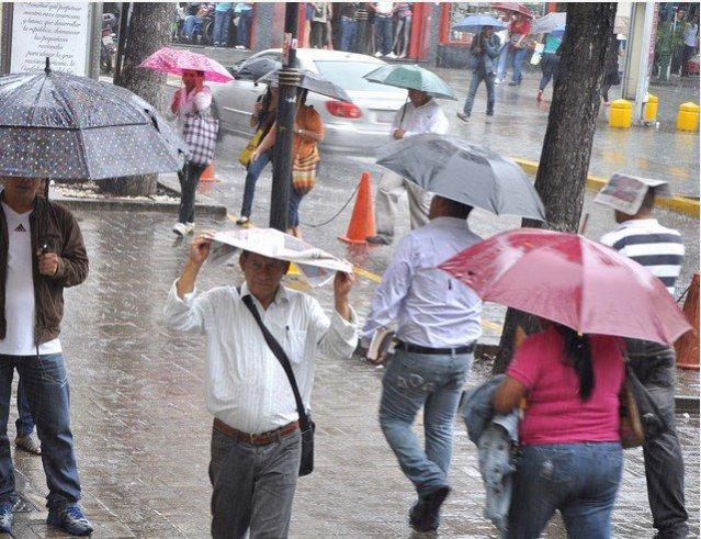 La onda tropical puede generar lluvias y tormentas