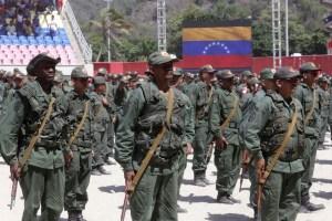Dictan privativa de libertad a nueve militares detenidos por presunta conspiración
