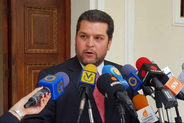 Eudoro González