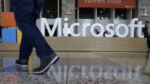 """Microsoft dejará sin empleo a miles de personas para """"reorganizar"""" la empresa"""