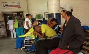 Aguas negras paraliza la unidad de diálisis del Hospital Central de Lara