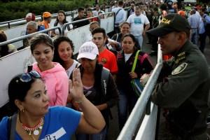 Un viaje obligado: Embarazadas en Venezuela migran para dar a luz