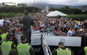 Estados Unidos anuncia 6 millones de dólares más para venezolanos en Colombia