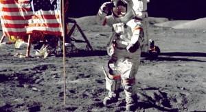 El traje del primer hombre en la Luna se está desintegrando