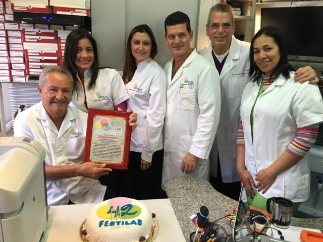 Dr Juan Aller y equipo medico Fertilab