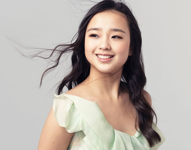 Son Yeon-Jae (10)