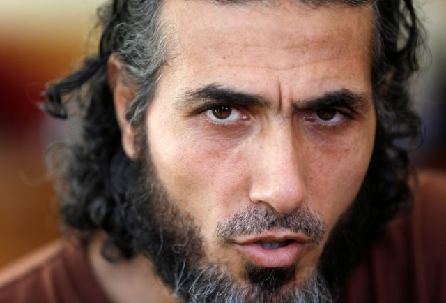 FILE PHOTO: Former Guantanamo Bay prisoner Jihad Ahmad Diyab looks on during an interview in Buenos Aires February 13, 2015. REUTERS/Enrique Marcarian/File photo