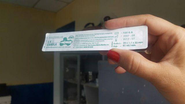 Materno Dr Oswaldo Ismael Brito esconden cajas de medicamentos vencidos (2)