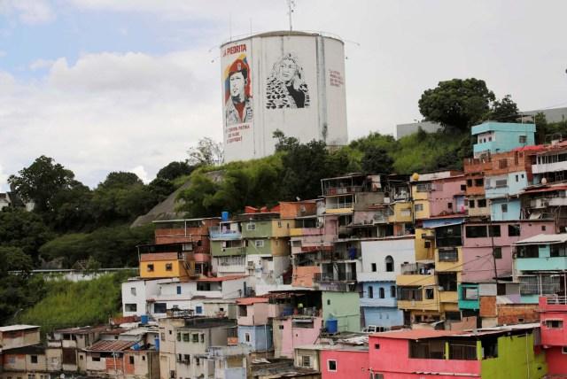 ranchos pobreza mural chavez
