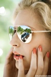 Nenas y Naves: La catirrusia Lisa y el descapotable Porsche (FOTOS)