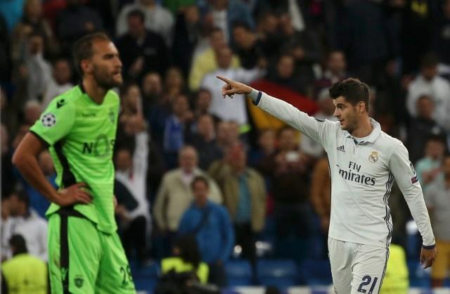 Alvaro Morata celebra su gol en el descuento del partido. REUTERS/Susana Vera