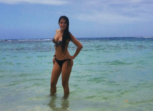¡ESCOTAZO!: Nos estabamos creyendo las mentiras de VTV gracias a esta preciosa presentadora
