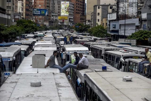 Transportistas quieren aumentar el pasaje a 300 bolívares o van a paro de transporte // Foto Archivo