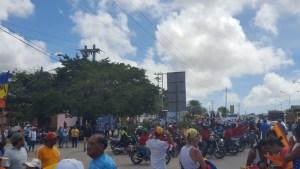 Así fue el ataque de chavistas a concentración pacífica en Villa Rosa (fotos y videos)