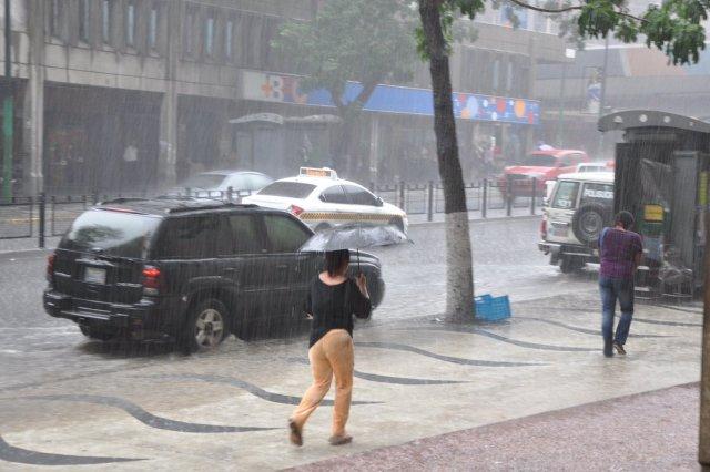 Inameh pronostica lluvias con intensidad / Foto Archivo