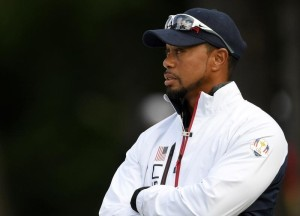 "Tiger Woods tenía un frasco de pastillas ""sin marcar"" al momento del accidente"