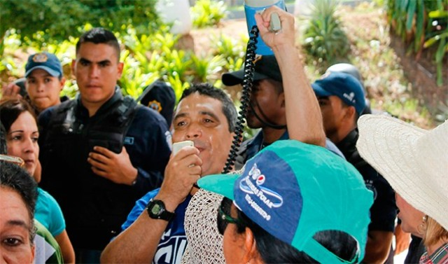 Educadores aguardan a que el Gobernador cumpla su palabra. / Foto: El Sol de Margarita