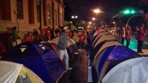 El campamento ñángara ahora apareció frente a Miraflores (FOTOS + VIDEO)