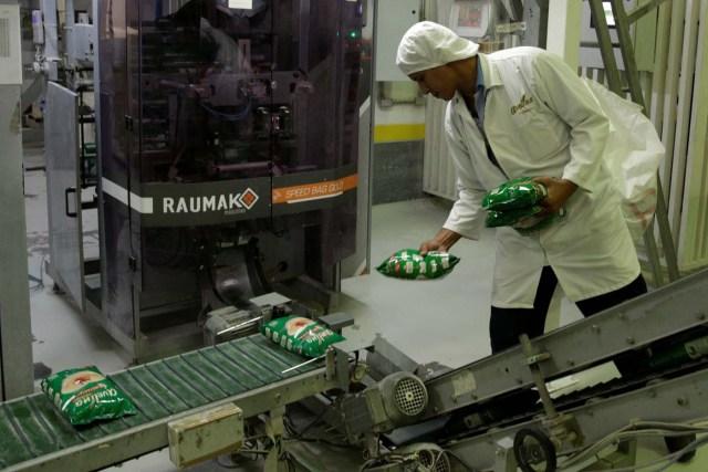 fabrica venezuela traabajador