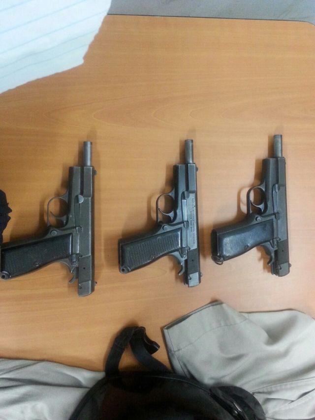 armas de alto calibre decomisadas a efectivos de la GNB que robaban en Plaza Venezuela