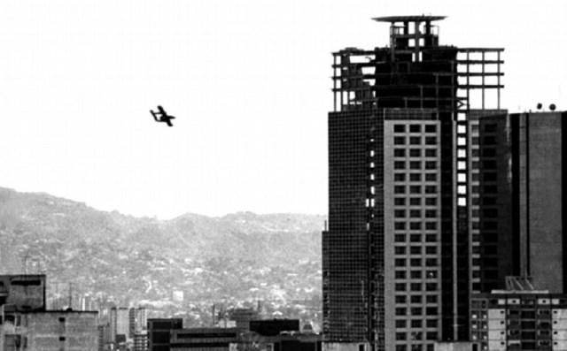 NovoBanco - Venezuela un estado fallido ? - Página 24 Golpe27NOV2002Broncos