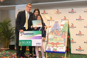 Esthephanny Correa ganó el Concurso Pinta la Navidad con Banesco