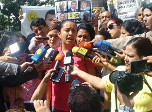 Gaby Arellano: Los presos políticos en el Sebin fueron brutalmente golpeados