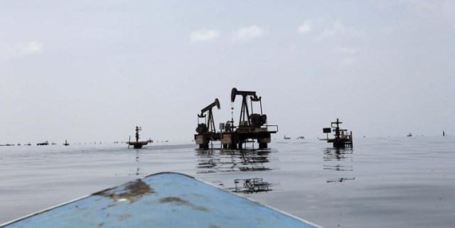 PetroleoPozoLagoMaracaibo