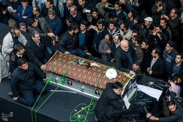 Mourners gather around the coffin of former president Ali Akbar Hashemi Rafsanjani during his funeral in Tehran, Iran January 10, 2017. Tasnim News Agency/Handout via REUTERS ATTENTION EDITORS - THIS PICTURE WAS PROVIDED BY A THIRD PARTY. FOR EDITORIAL USE ONLY. NO RESALES. NO ARCHIVE.